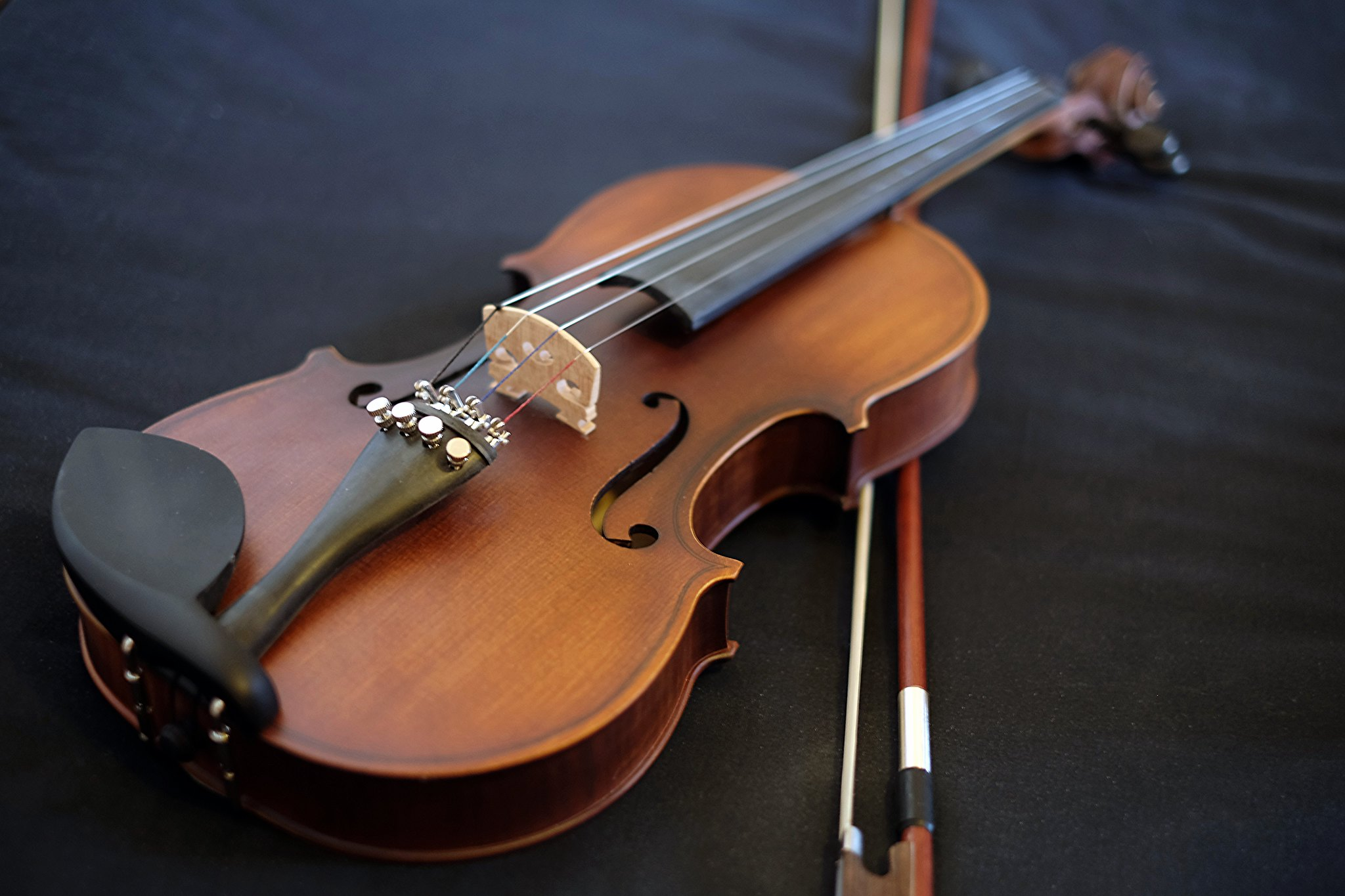 violin for beginners with fine tuners